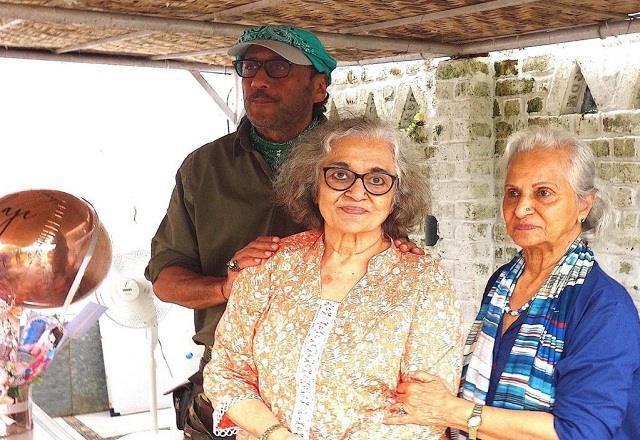 jackie shroff hosts asha parekh birthday party at his farmhouse