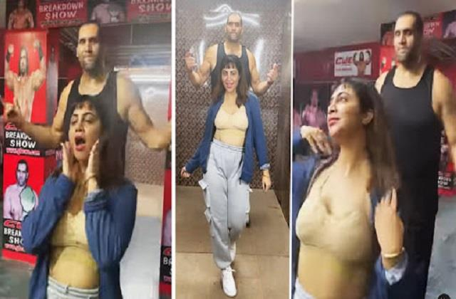 arshi khali dance with the great khali in bikini look video viral