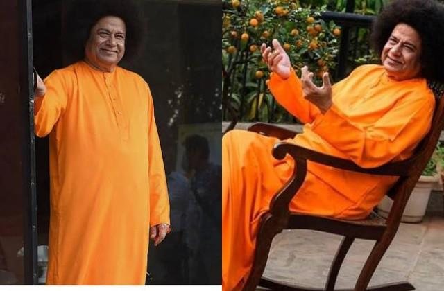 anup jalota photos viral in the look of  sathya sai baba