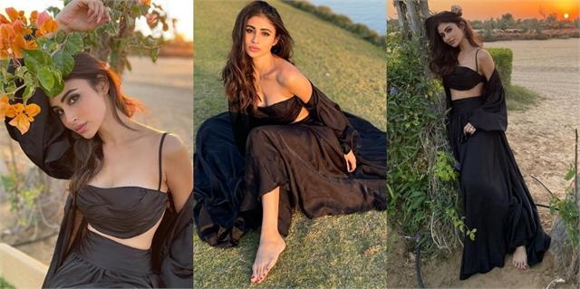 mouni roy shares stunning photos