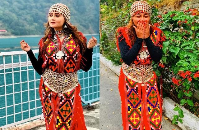 rashami desai share pictures in himachal outfit