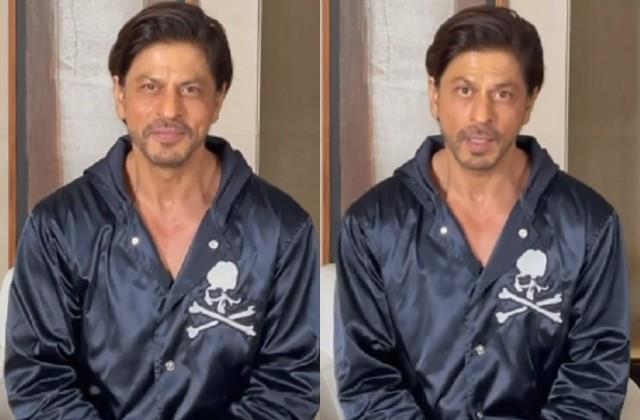 shahrukh khan wishes new year to fans after one day