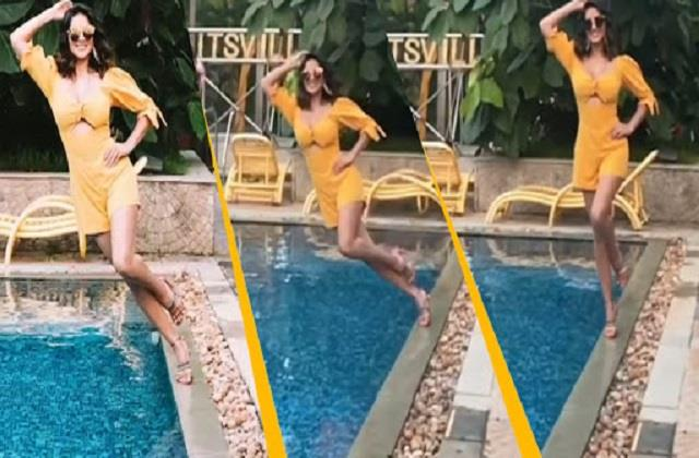 sunny leone jump in pool in slow motion style video viral
