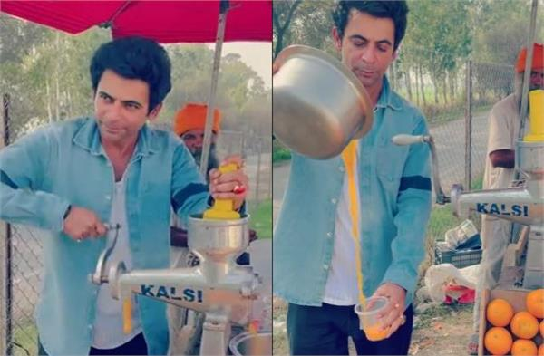 comedian sunil grover selling juice on road