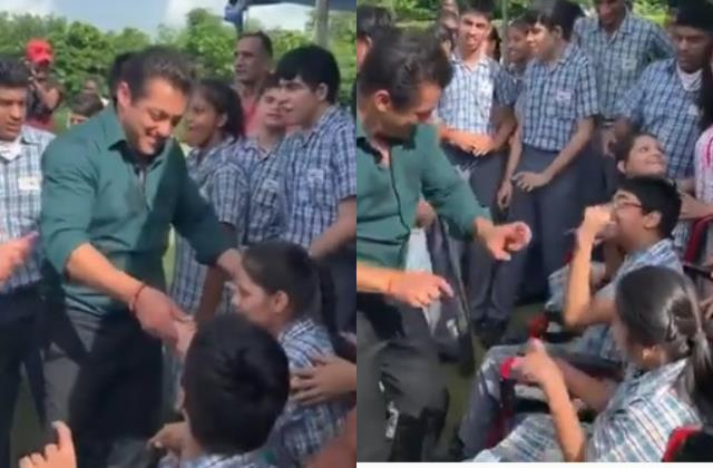 throwback video salman khan dances with special kids on world down syndrome day