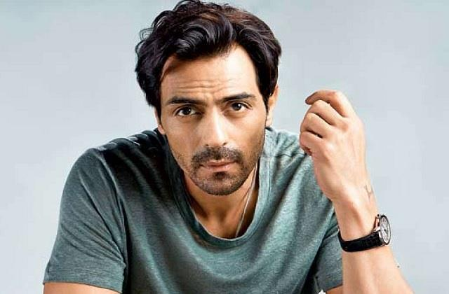 arjun rampal tests positive for coronavirus