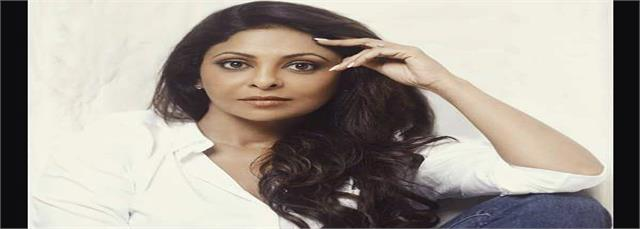 shefali shah cast as a doctor in ayushmann khurrana film doctor g