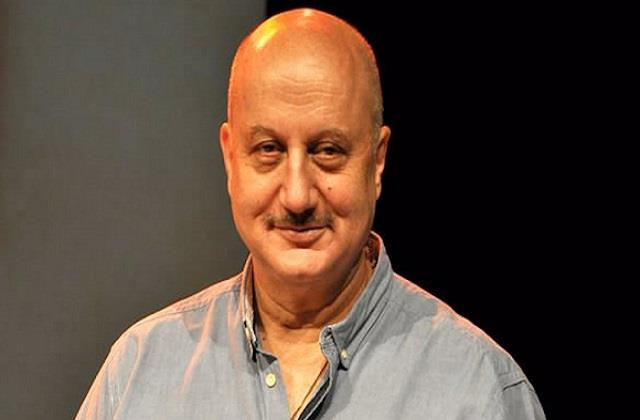 anupam kher remembers his childhood days