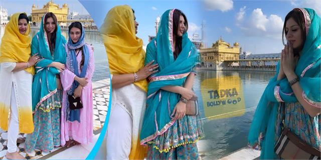hansika motwani reached at golden temple with family