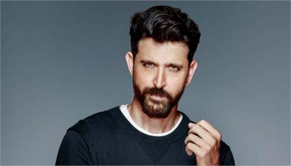 hrithik roshan is one of the most expensive stage performers in the country