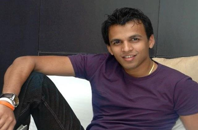 indian idol 1 winner abhijeet sawant tested covid 19 positive