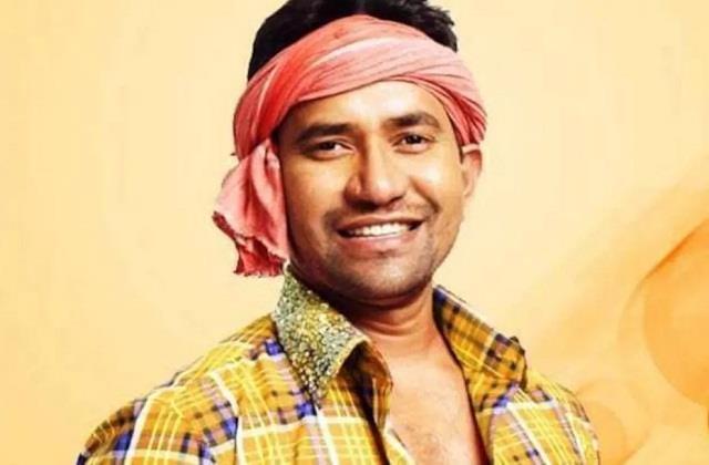 corona positive dinesh lal yadav aka nirahua admitted in lucknow hospital