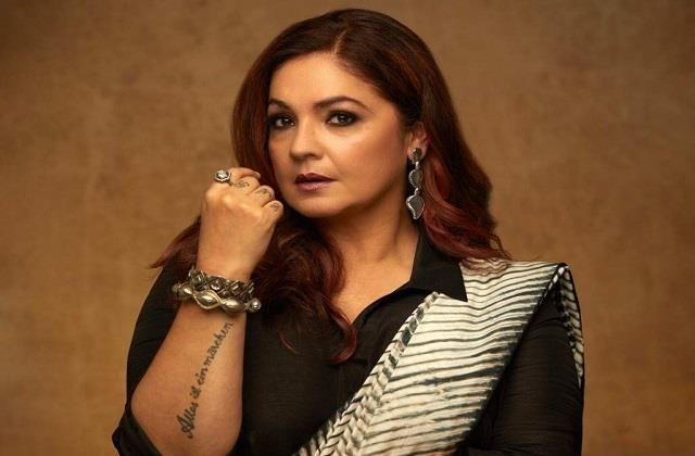 pooja bhatt angry on central government