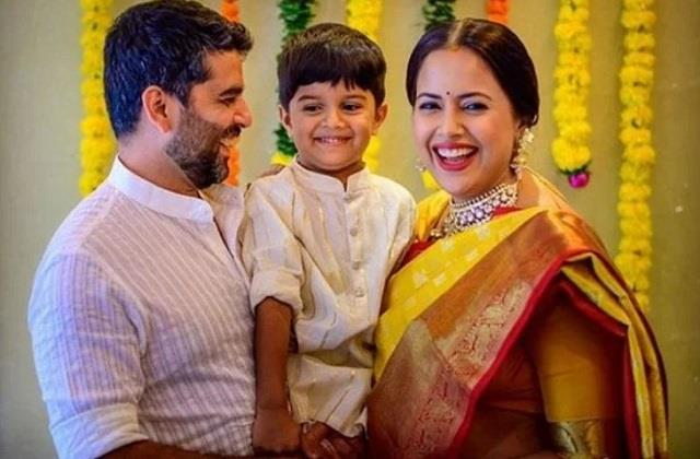 sameera reddy reveals her postpartum depression after son hans was born