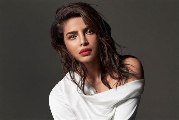 priyanka got trolled by sharing glamorous picture amid coronavirus