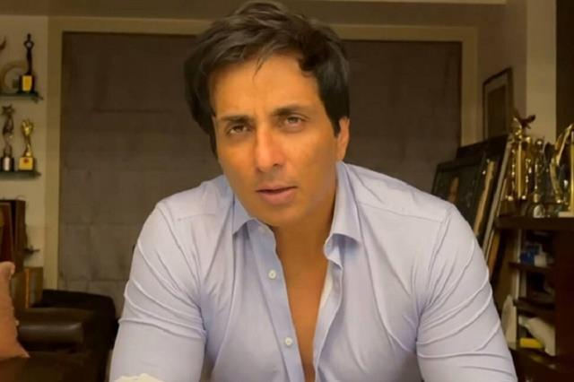 sonu sood help dehradun pregnant women provide oxygen and gynecologist