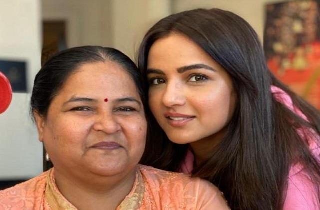 jasmin bhasin mom gets dischrged from hospital after fighting with corona