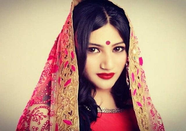 mahika sharma appeals to women to take care on menstrual hygiene day