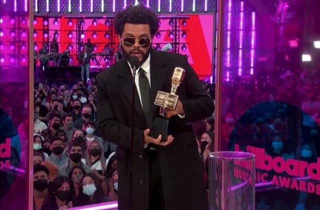 Billboard Music Awards 2021: इस बार 'द वीकेंड' ने मारी बाजी, नाम किए 10 पुरस्कार, देखें विनर्स की लिस्ट