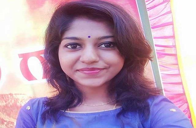 singer madhu priya filed harassment complaint over blank calls