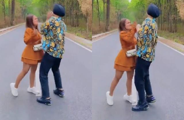 neha kakkar slaps husband rohanpreet singh on road video viral
