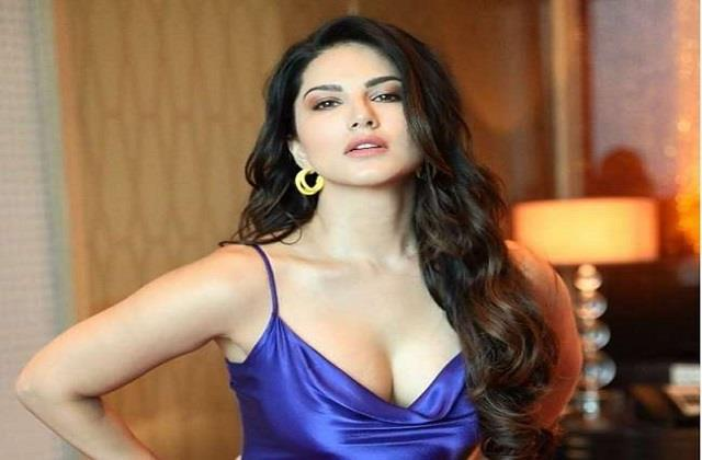 sunny leone thanks fans for birthday wishes