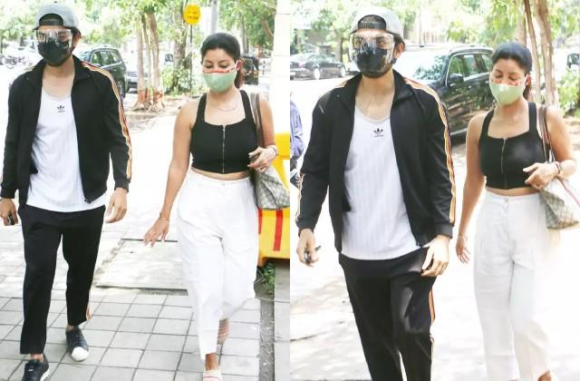 gurmeet choudhary and debina bonnerjee spotted out of house