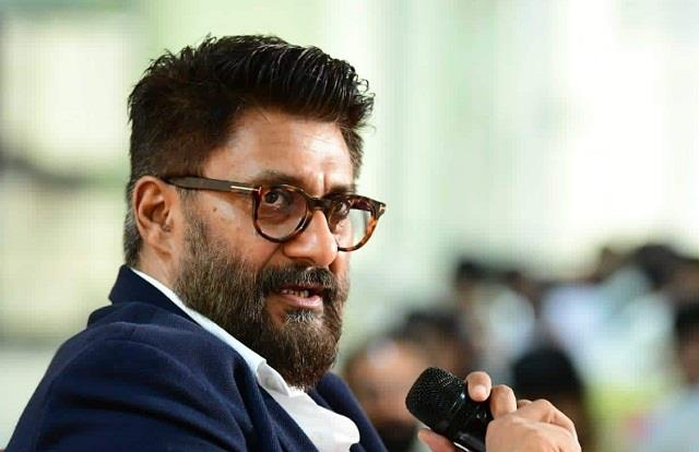 vivek agnihotri furious at twitter for showing the map of india incorrectly