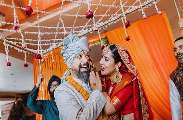 anand tiwari gets emotional on farewell of wife angira dhar
