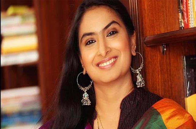 producer swapna patkar arrested for using fake phd degree