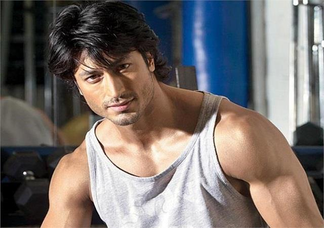 vidyut jammwal ready to work in hollywood sign wonder street