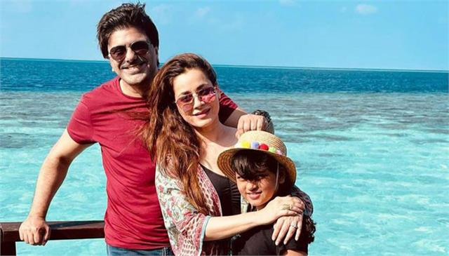 neelam kothari soni plans clean and quality we time with family