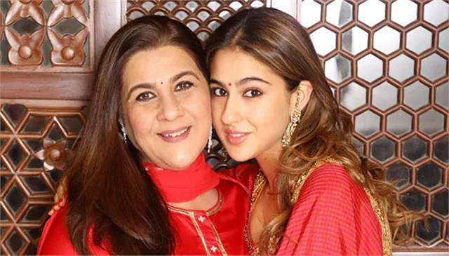 sara ali khan amrita singh came together for first time for brand endorsement