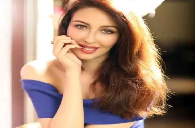 saumya tandon reacts on reports of using fake id for getting vaccinated