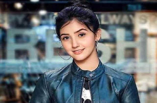 ashnoor kaur answers to stupid question of user
