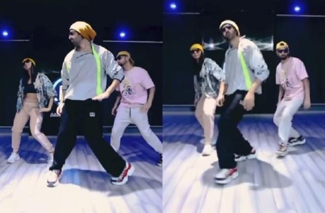 kartik aaryan dance on allu arjun butta bomma song video viral