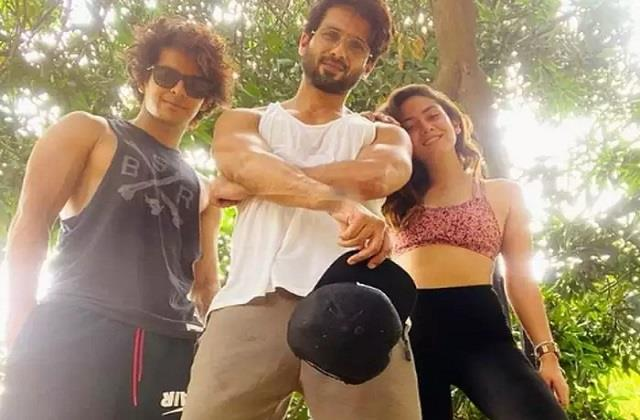 mira rajput shares photo with her dream team shahid kapoor and ishaan khatter