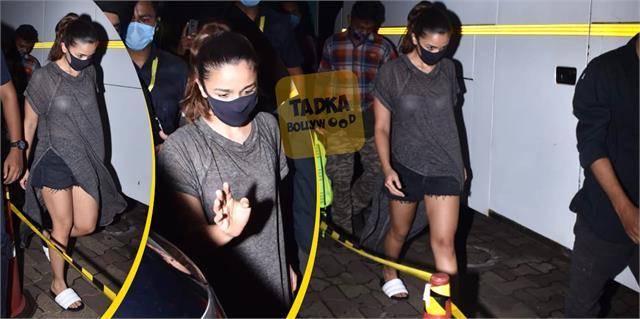 alia bhatt wear transparent top user trolled actress