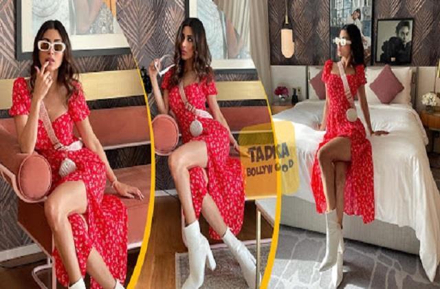 रेड ड्रेस में मौनी रॉय ने लगाया हॉटनेस का तड़का, 'नागिन' की तस्वीरें देख दीवाने हुए फैंस
