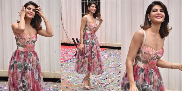 jacqueline fernandez looked gorgeous in pink floral dress