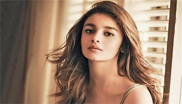 alia bhatt joins hollywood agency wme
