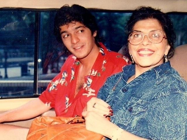 chunky pandey shares emotional post in memories of mother