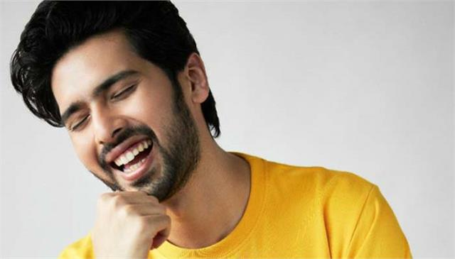 armaan malik launches merchandise on 26th birthday
