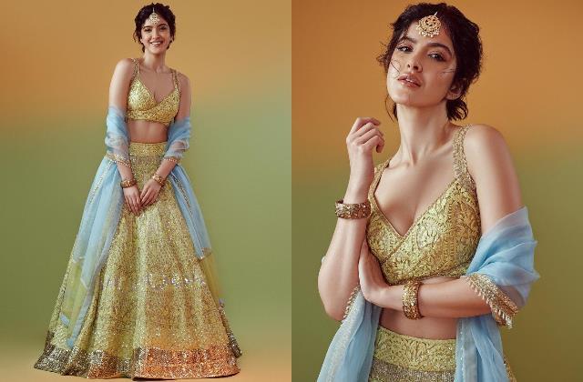 shanaya kapoor latest glam photos steal fans hearts