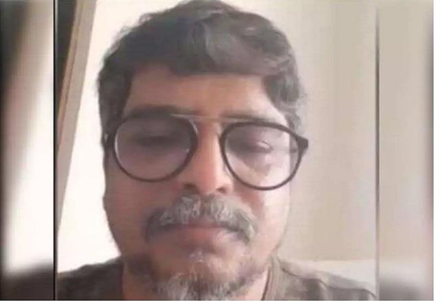 producers financial help of 5 lakhs to suicide victim raju sapte wife