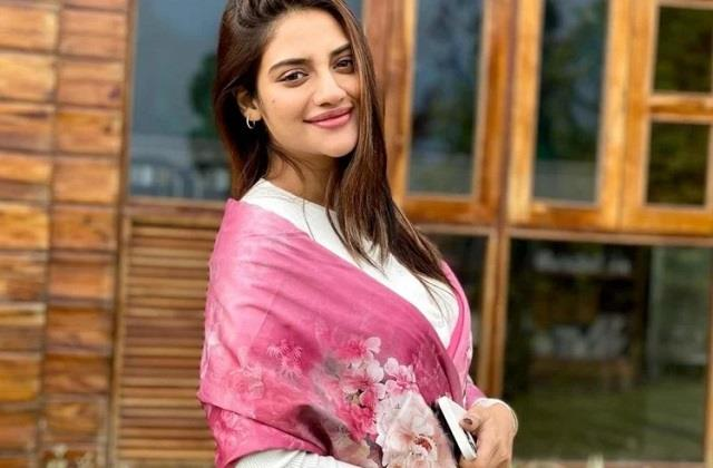 nusrat jahan decides not to reveal her baby father name