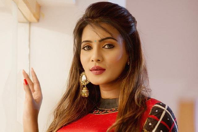 big boss contestant meera mithun arrested in casteist slur