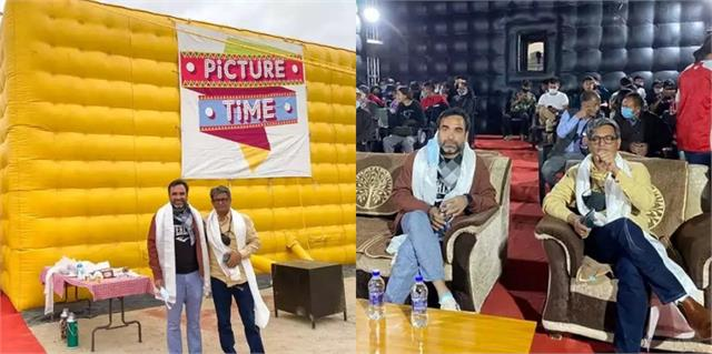 world first moving cinema theater opened in ladakh pankaj arrived as a guest