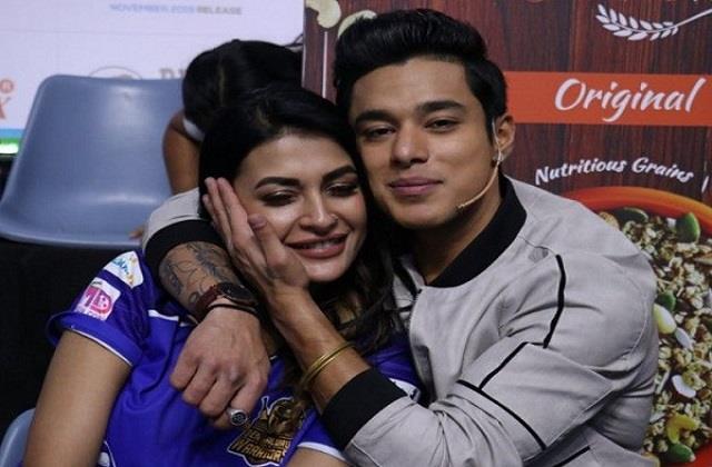 pratik sehajpal on ex girlfriend pavitra punia