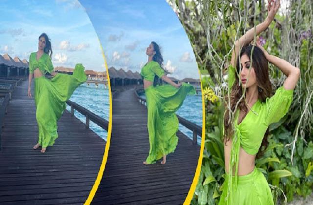 mouni roy shares maldives vacation photos